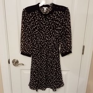 Forever 21 black geometric print belted dress